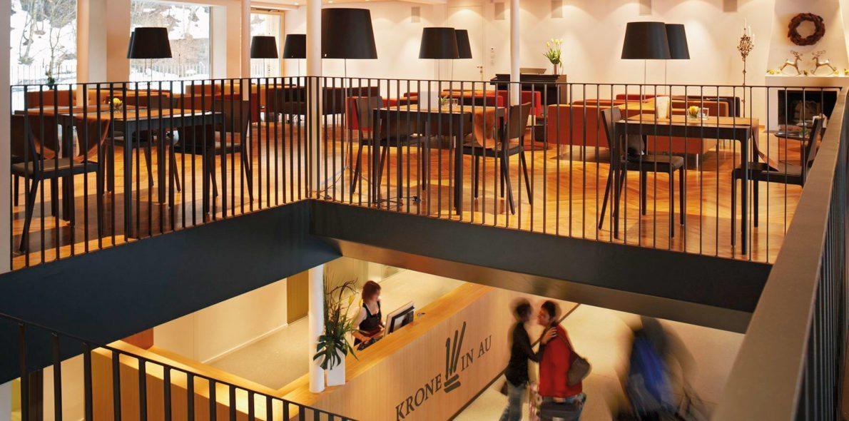 Hotel Krone Au Rezeption Kaminhalle Vorarlberg