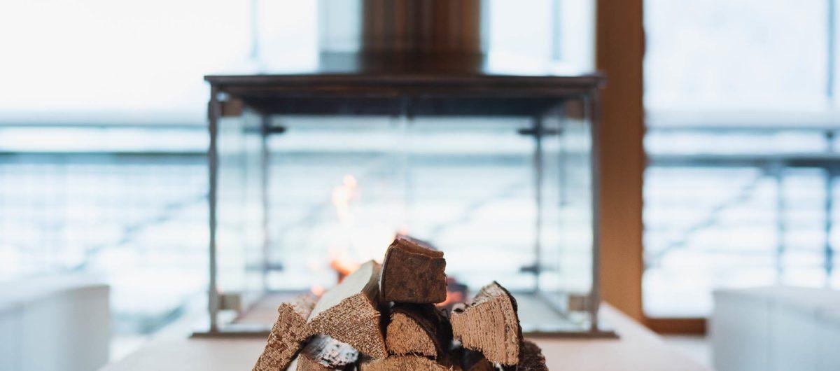 Kamin mit Holz Hotel Krone Au Bregenzerwald