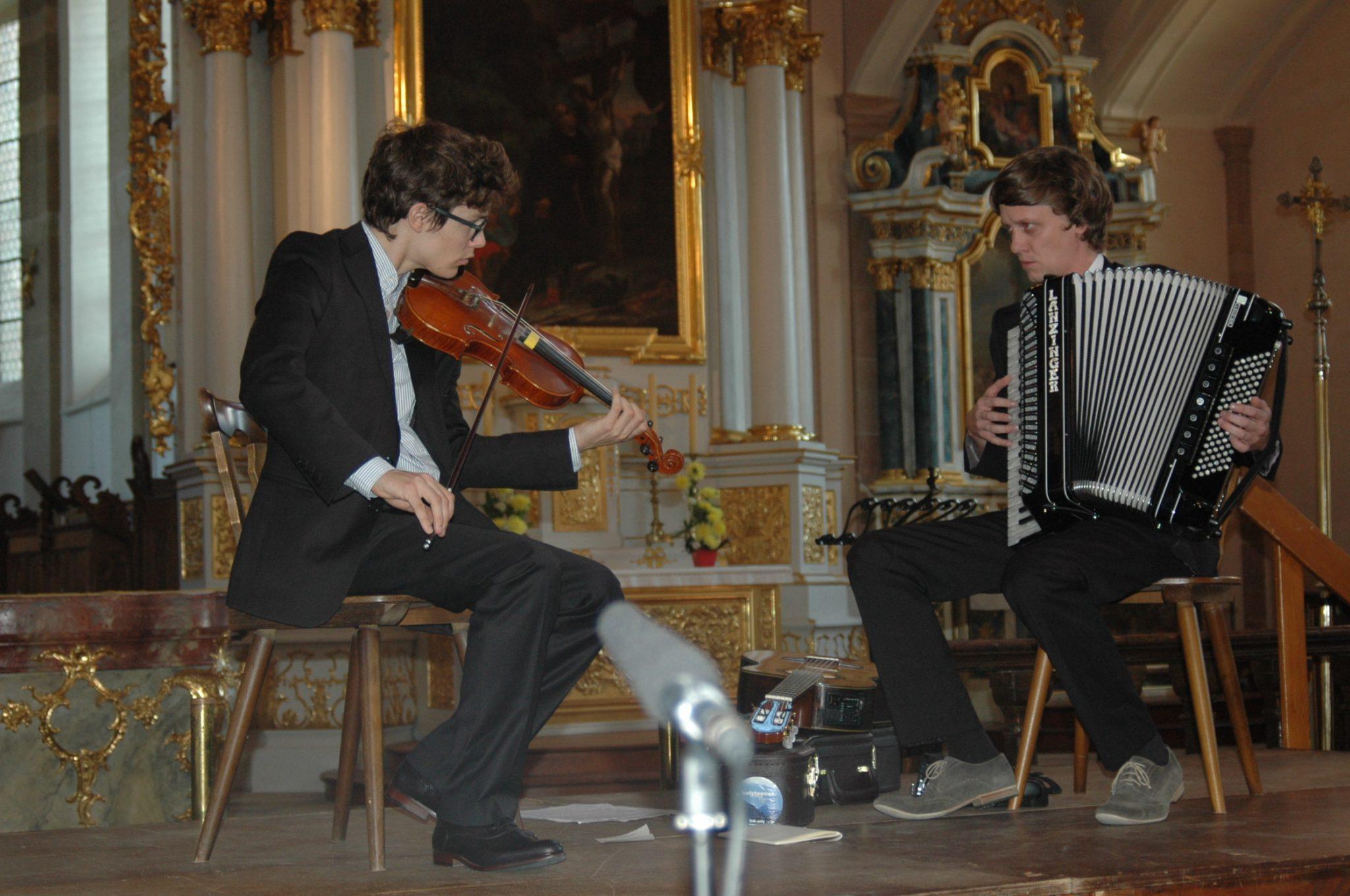 Kirchenkonzert in der Abteikirche mit Philipp Lingg und Christoph Mateka | Krone Au